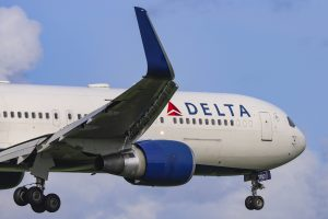 Delta, British Airways to require Covid tests for London-New York flights after Cuomo request