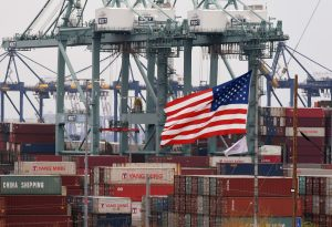 Online shopping leads to strain at Port of Los Angeles