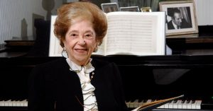 Fanny Waterman, Doyenne of the Leeds Piano Competition, Dies at 100
