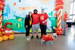 derrick-nnadi-inspires-ziwi-pet-food-to-cover-kansas-city-adoption-fees