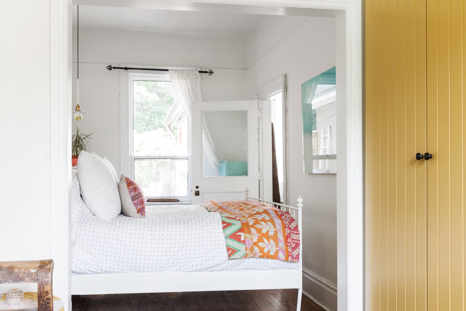 8-best-beds-for-small-spaces-2021-platform-storage-more